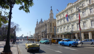 Fargerike 50-talls bilder i byen Havana